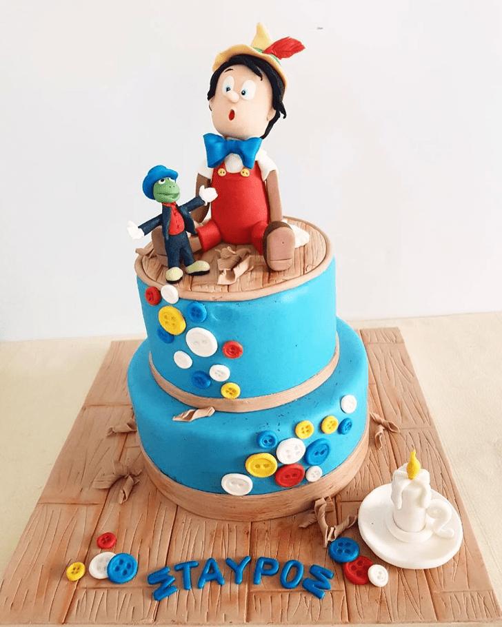 Inviting  Pinocchio Cake