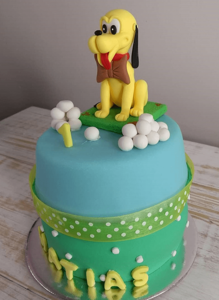 Captivating Disneys Pluto Cake