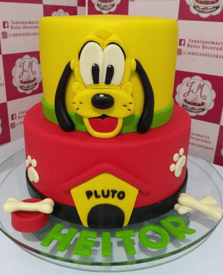 Enticing Disneys Pluto Cake