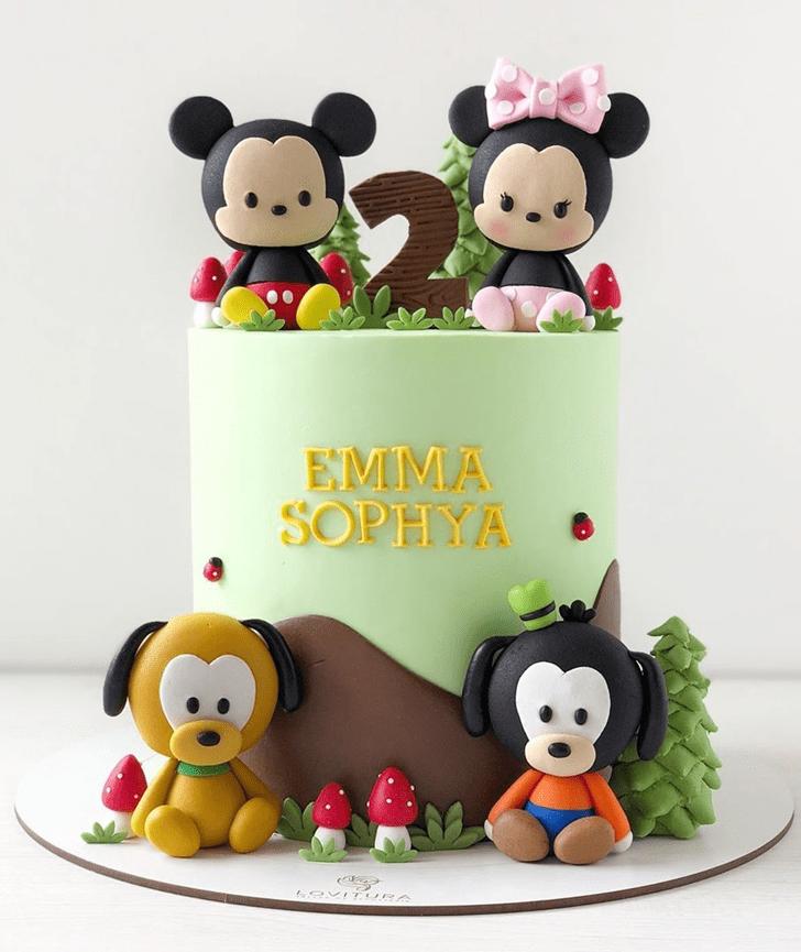 Good Looking Disneys Pluto Cake