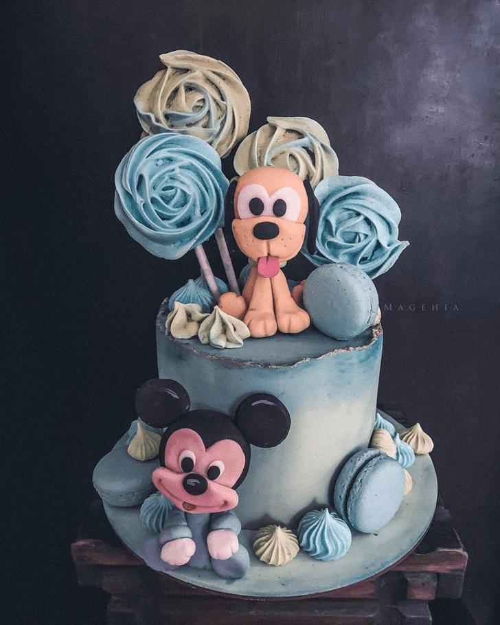 Graceful Disneys Pluto Cake