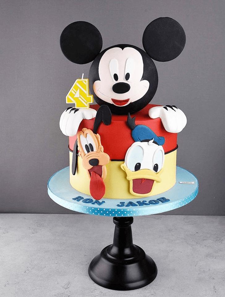 Resplendent Disneys Pluto Cake