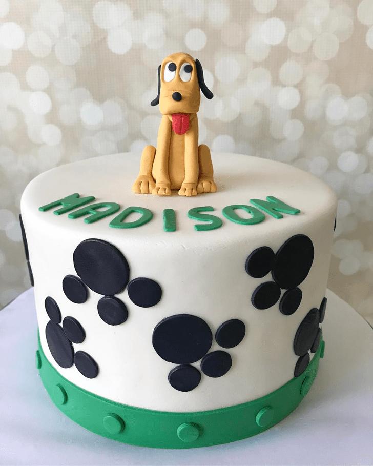 Shapely Disneys Pluto Cake