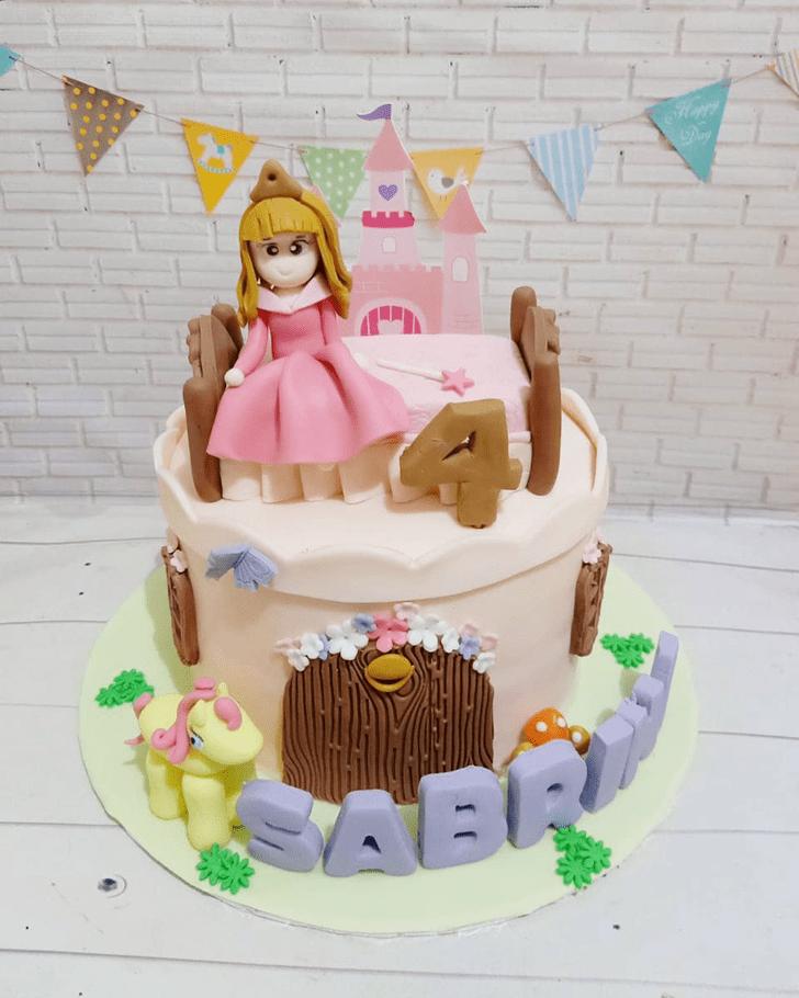Magnetic Princess Aurora Cake