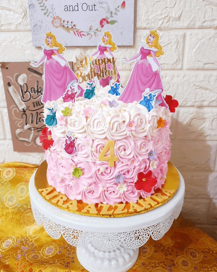 Wonderful Princess Aurora Cake Design