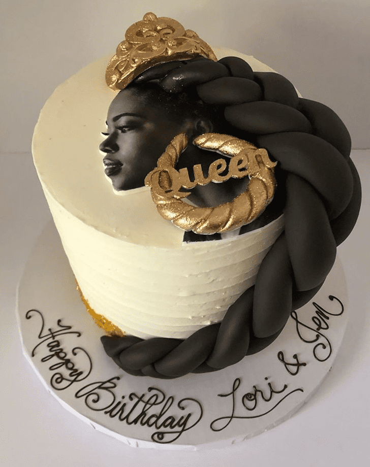 Comely Queen Cake
