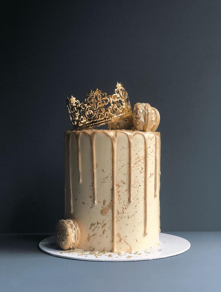 Divine Queen Cake