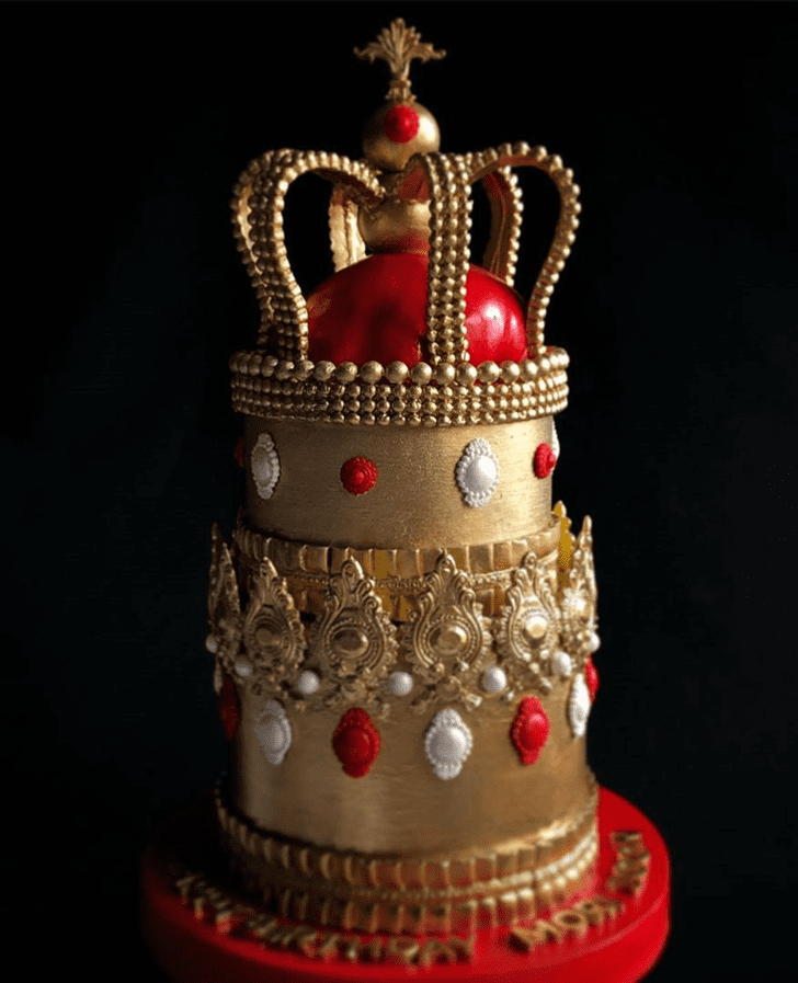 Lovely Queen Cake Design