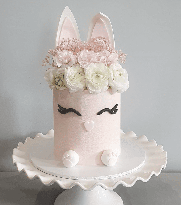 Beauteous Rabbit Cake