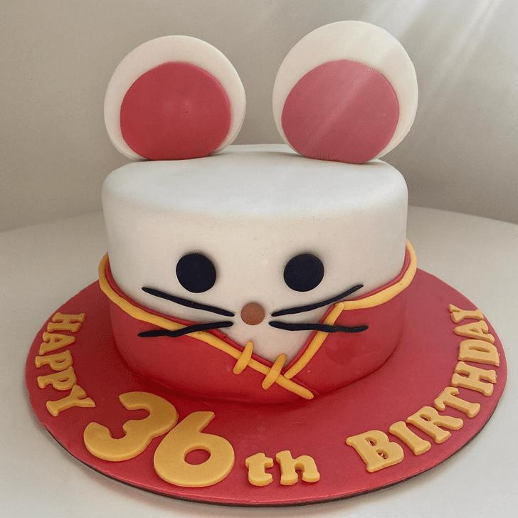 Alluring Rat Cake