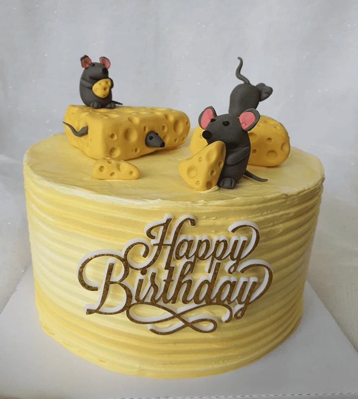 Beauteous Rat Cake