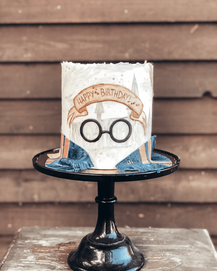 Comely Ravenclaw Cake