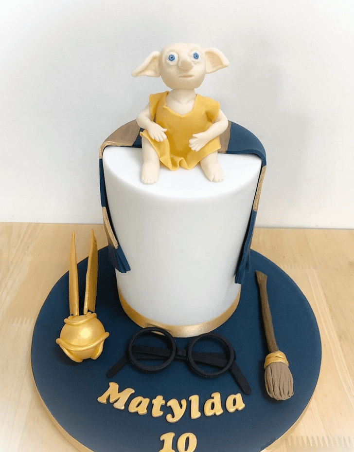 Good Looking Ravenclaw Cake