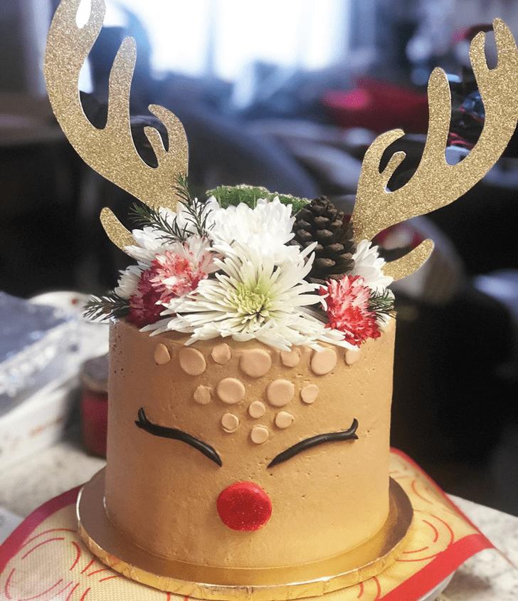Dazzling Reindeer Cake