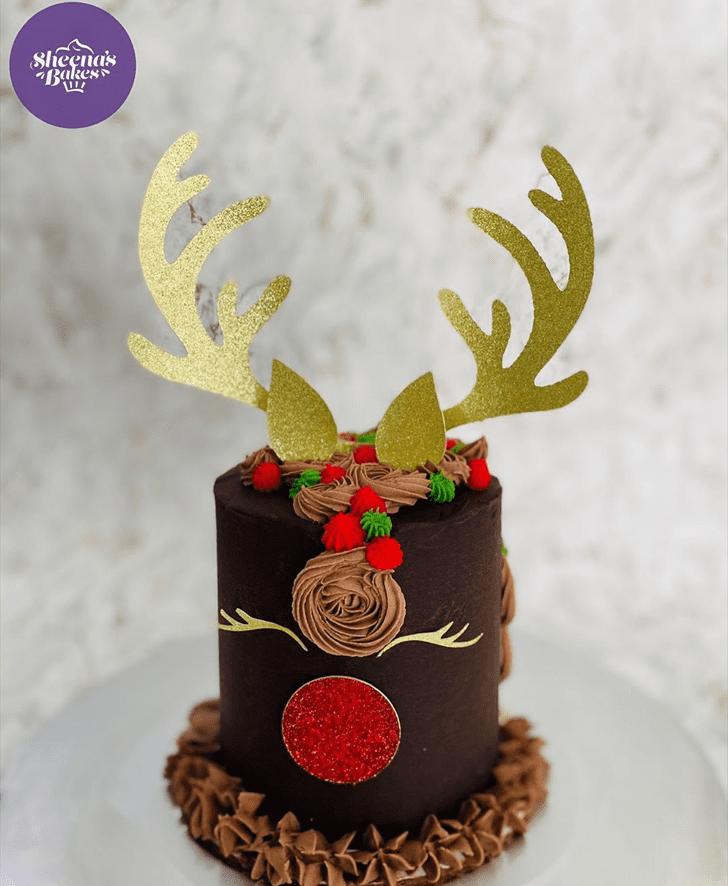 Magnificent Reindeer Cake