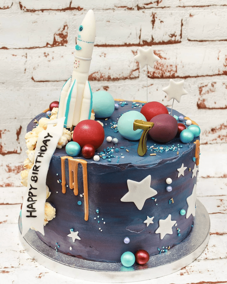 Admirable Rocket Cake Design
