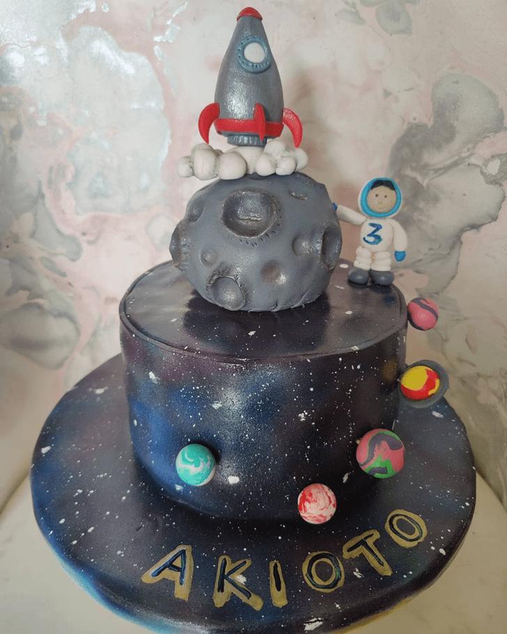 Beauteous Rocket Cake
