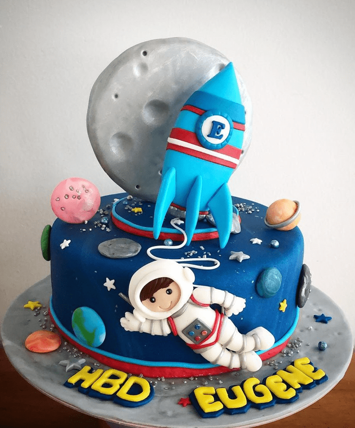 Pleasing Rocket Cake