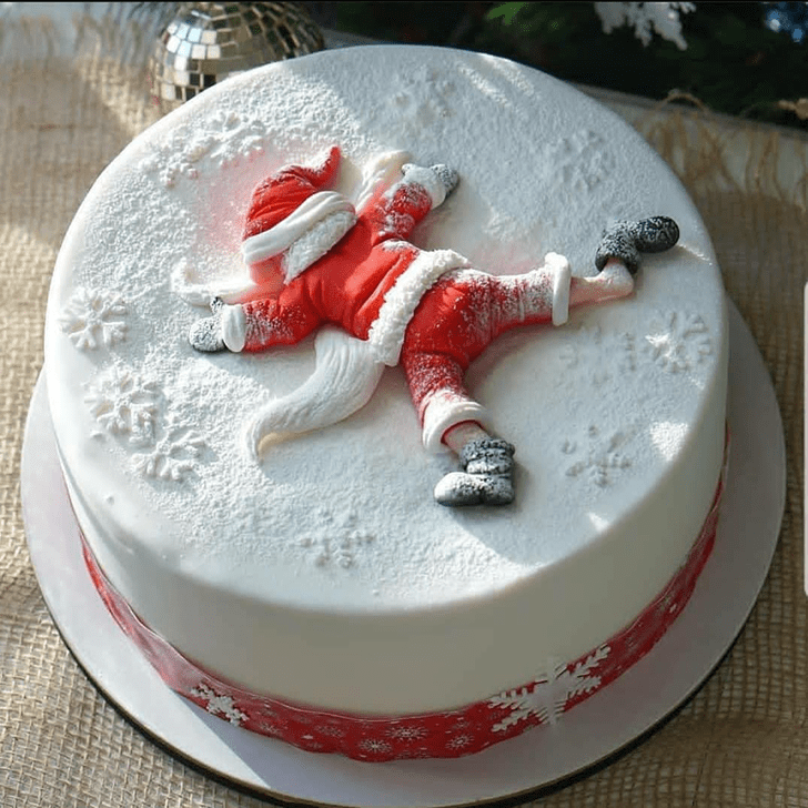 Admirable Santa Cake Design