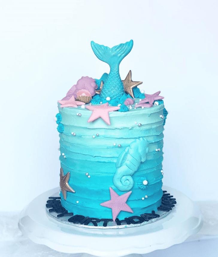 Resplendent Seahorse Cake
