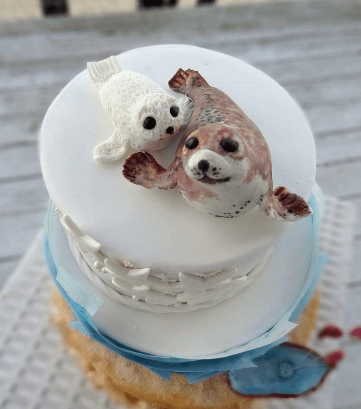 Appealing Seals Cake