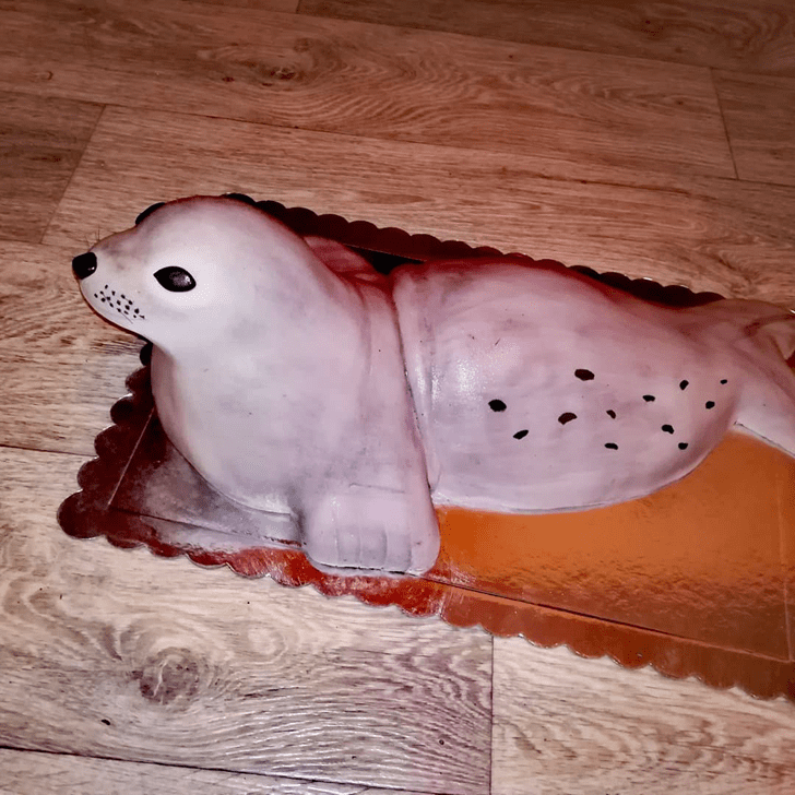 Grand Seals Cake