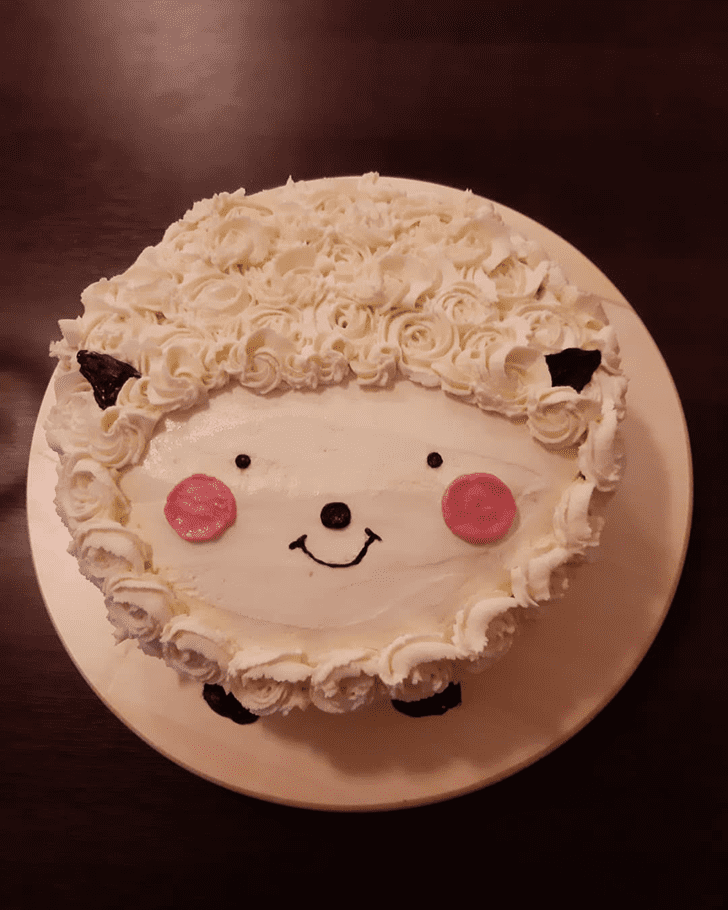 Alluring Sheep Cake