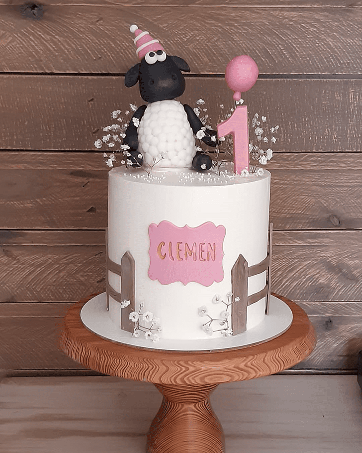 Captivating Sheep Cake