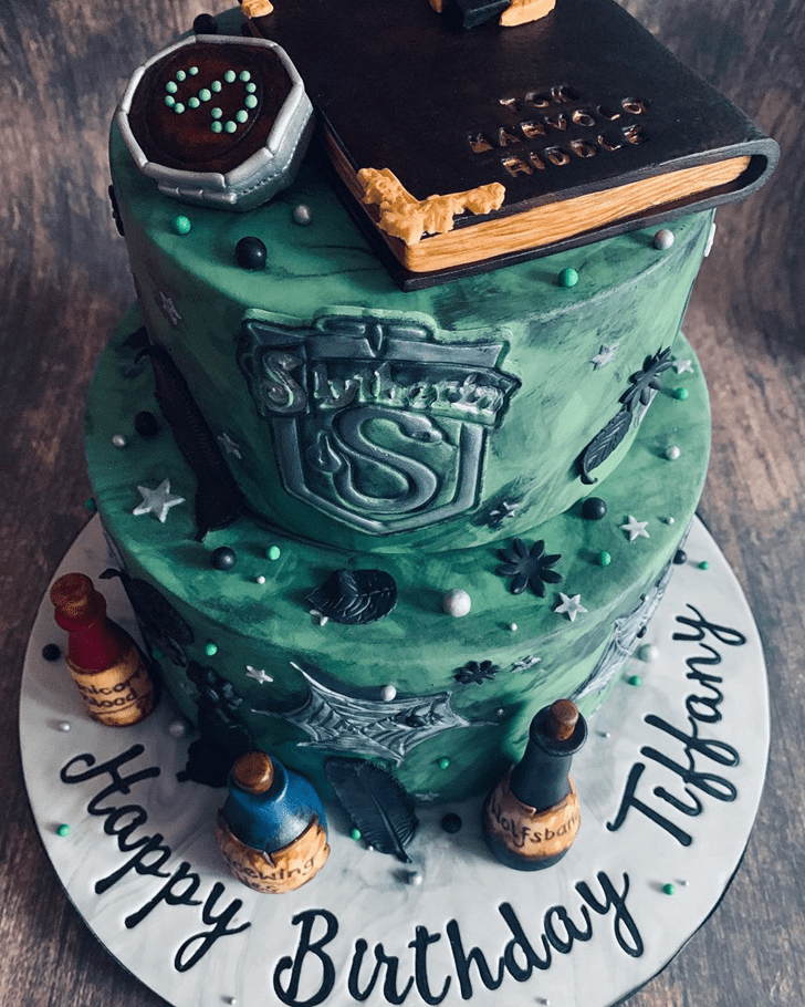 Appealing Slytherin Cake