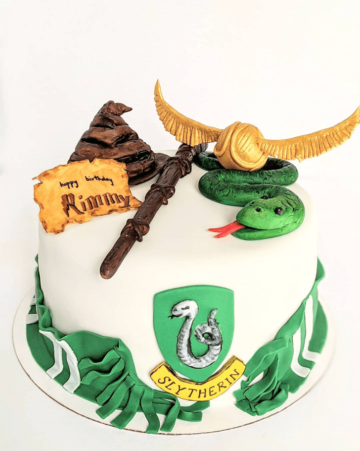 Bewitching Slytherin Cake