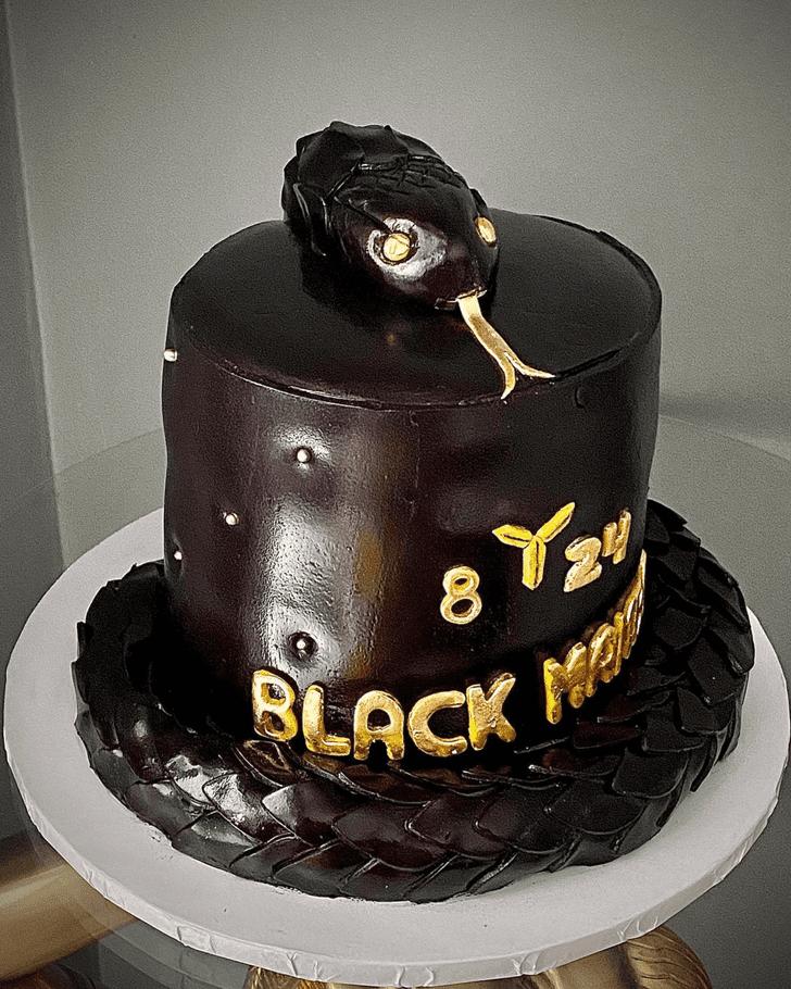 Appealing Snake Cake