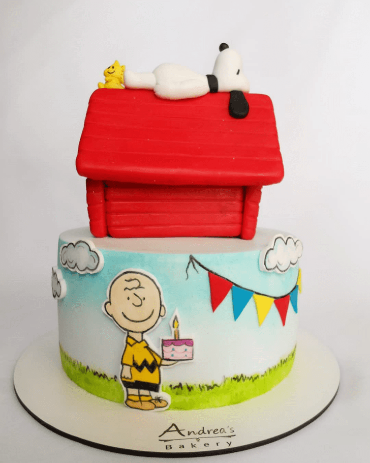 Admirable Snoopy Cake Design