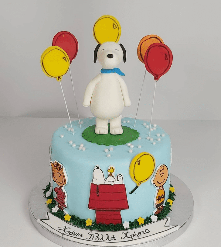 Fetching Snoopy Cake