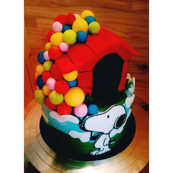 Gorgeous Snoopy Cake