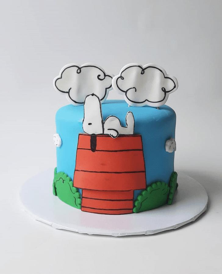 Grand Snoopy Cake