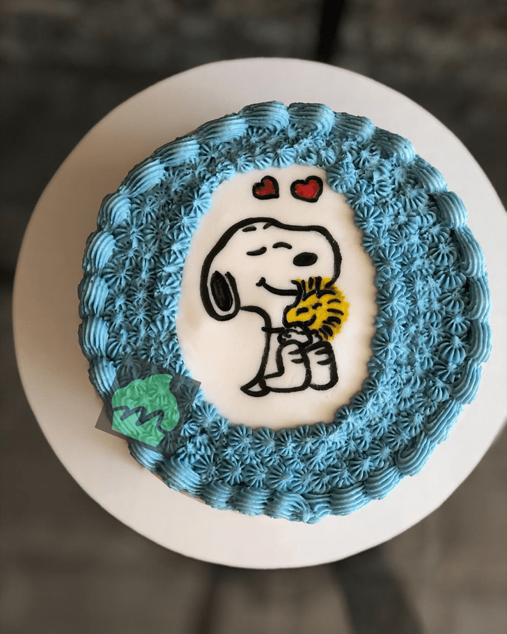Handsome Snoopy Cake