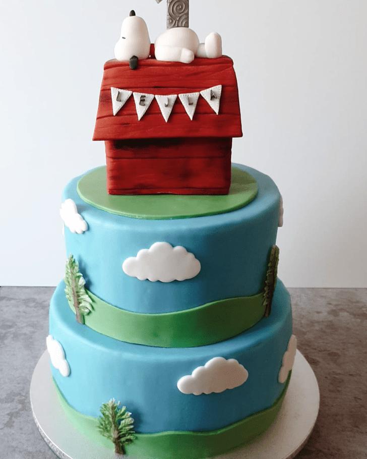 Resplendent Snoopy Cake