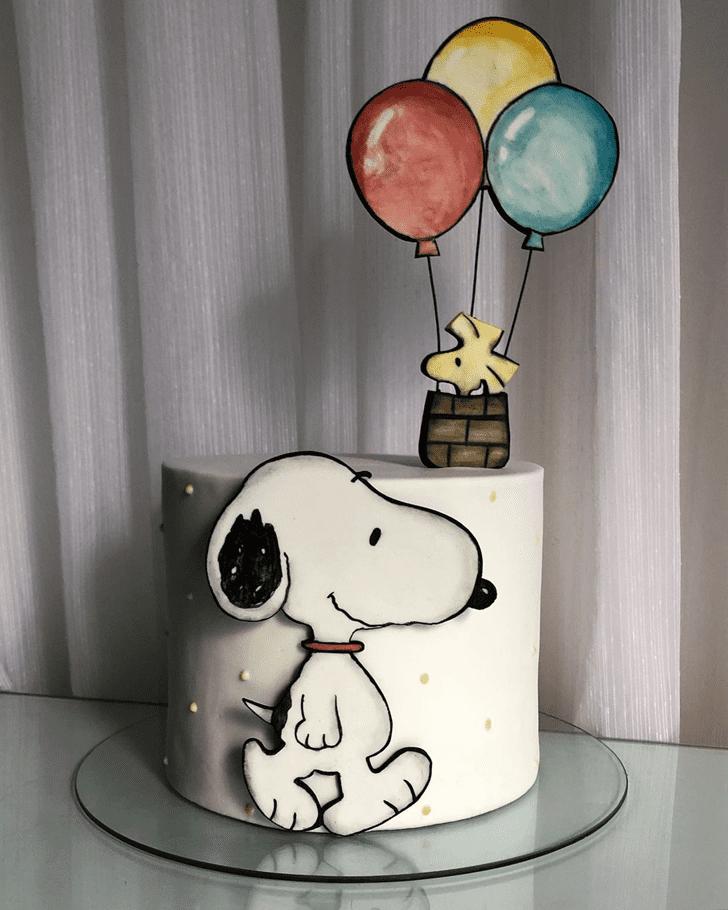 Shapely Snoopy Cake