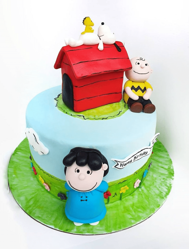 Stunning Snoopy Cake