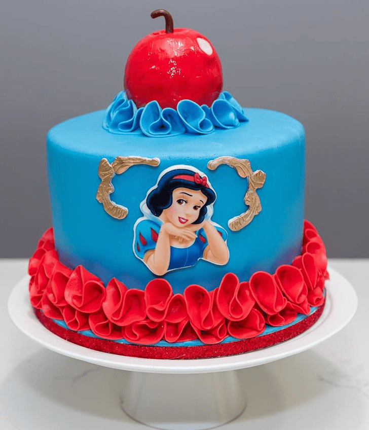 Appealing Snow White Cake