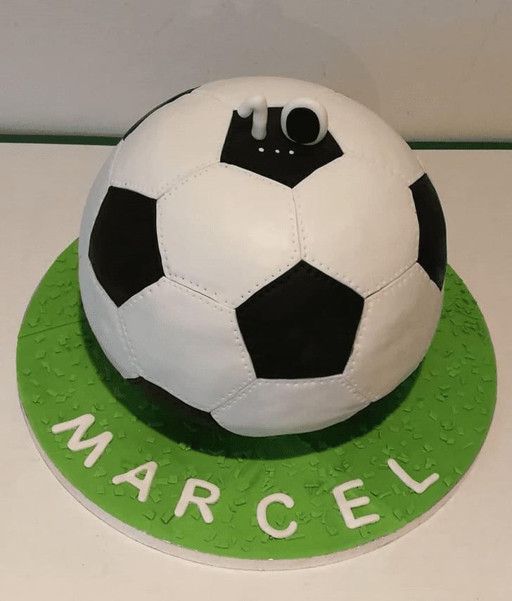 Pleasing Soccer Cake