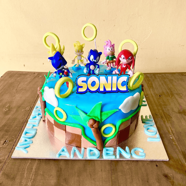 Charming Sonic Cake