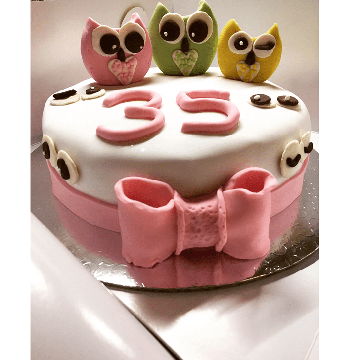 Appealing Sparrow Cake