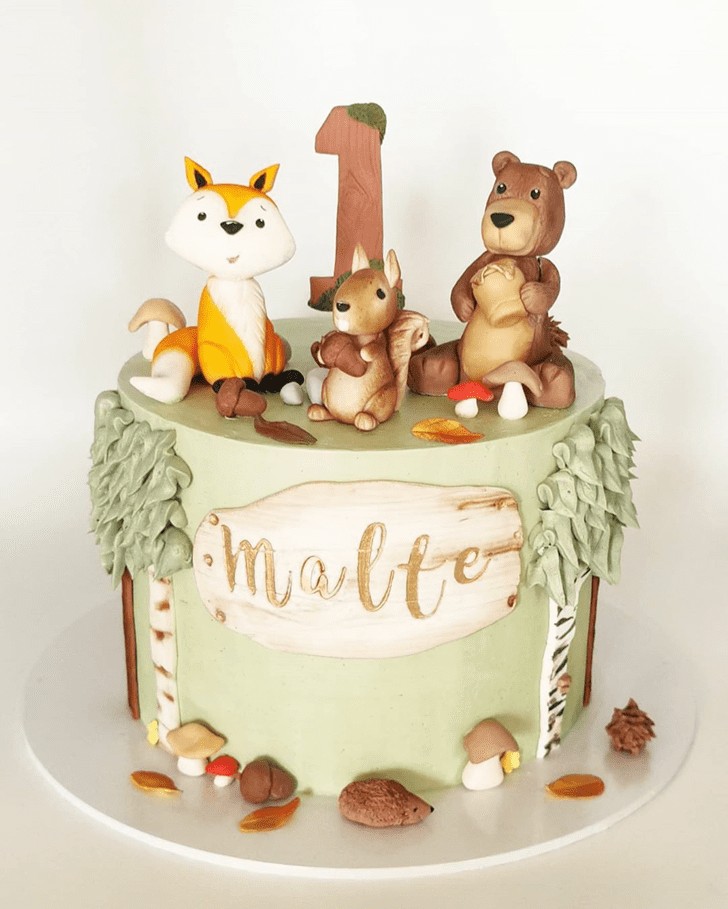 Captivating Squirrel Cake
