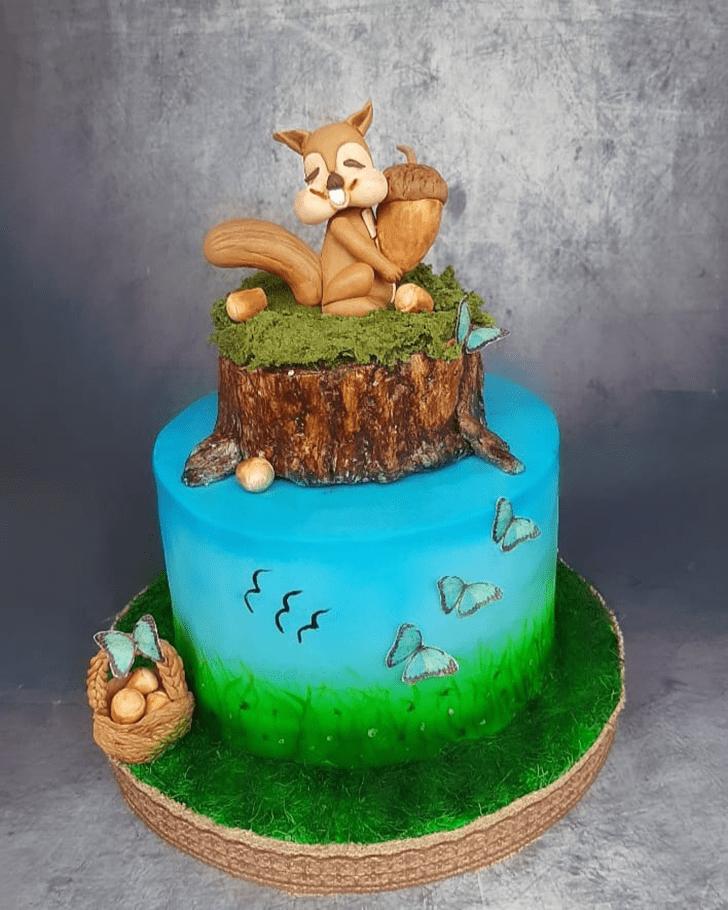 Stunning Squirrel Cake