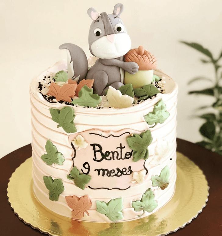 Superb Squirrel Cake