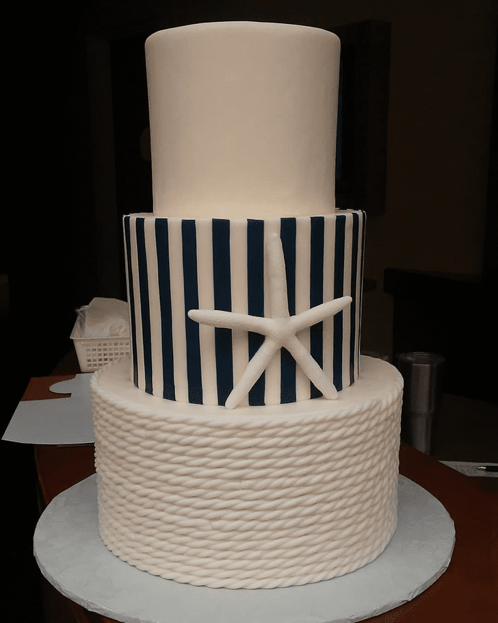 Grand Starfish Cake