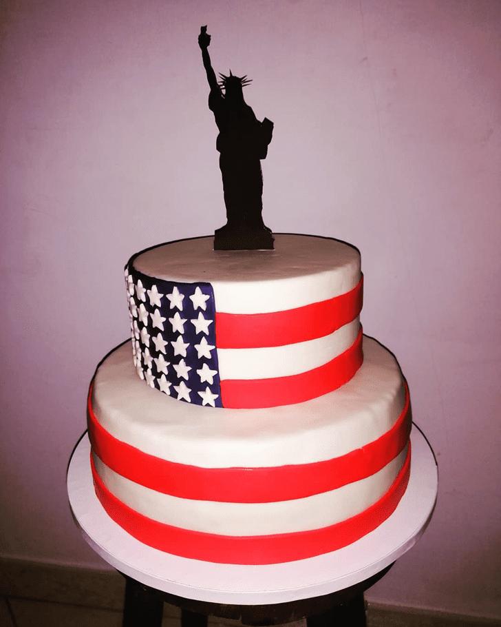 Admirable Statue of Liberty Cake Design