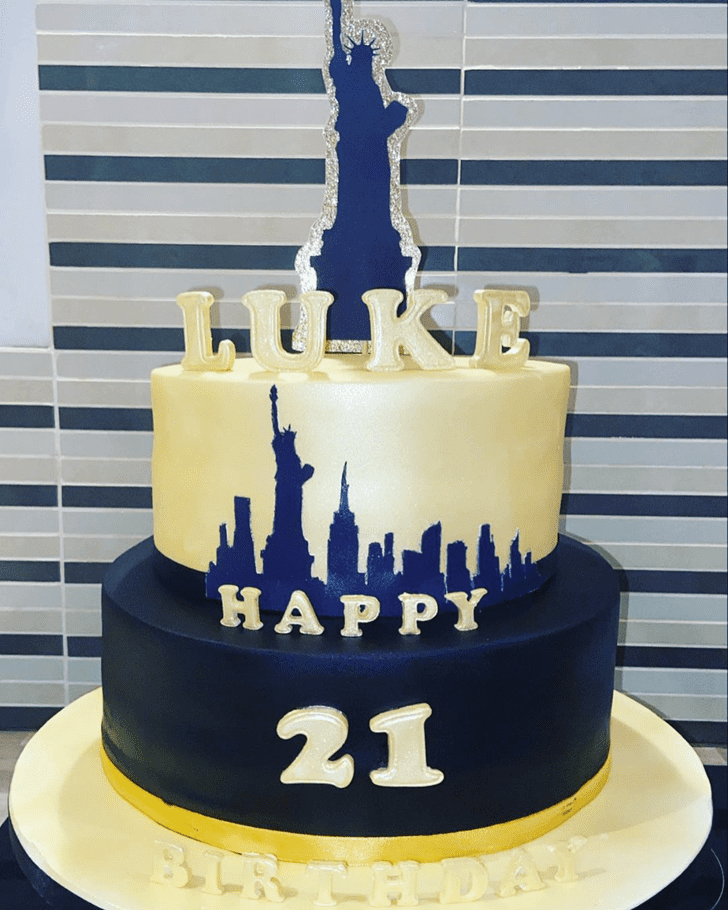 Alluring Statue of Liberty Cake
