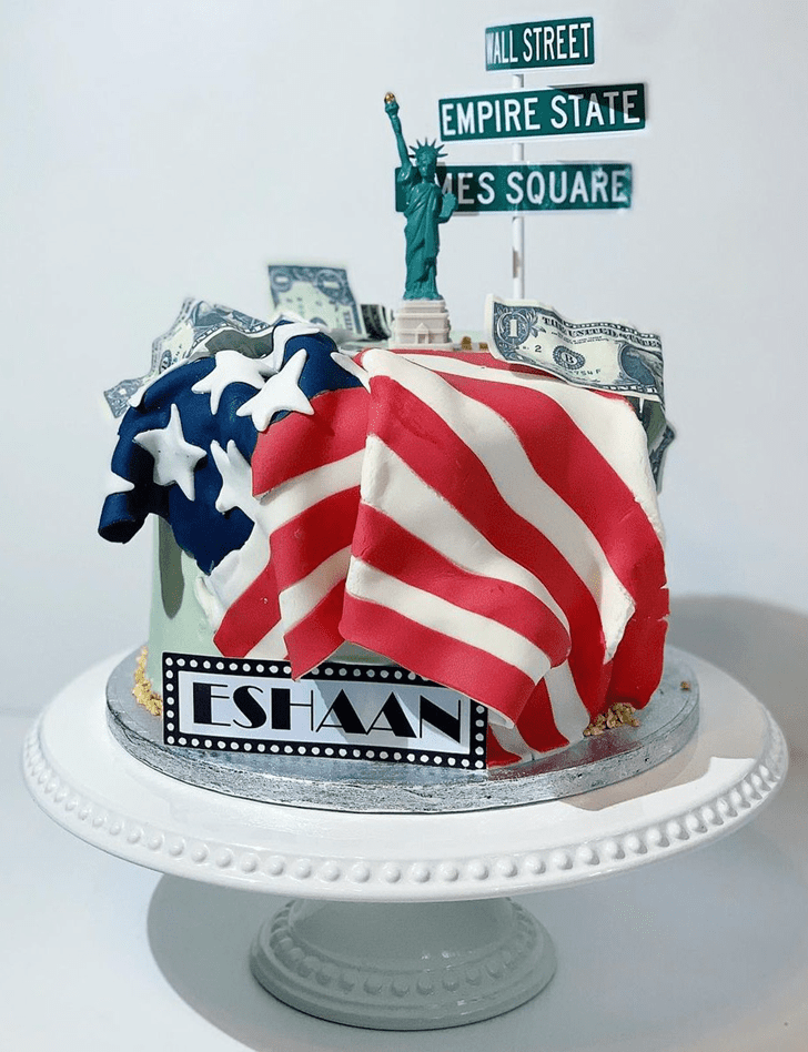 Bewitching Statue of Liberty Cake